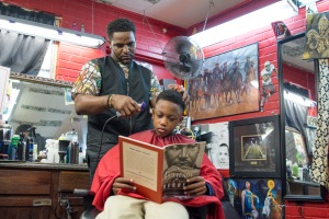 05-02-ONeil-Curtis-Barber-Museum-of-Arts-barber-shop_24-1